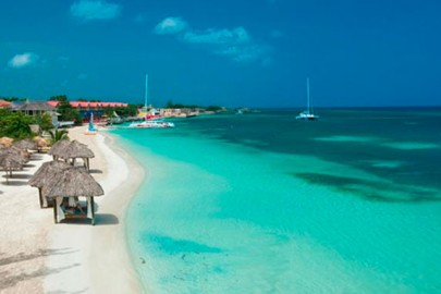 montego-bay-beach-and-hotel