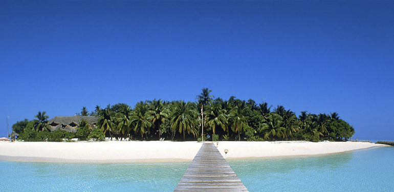 dock-to-caribbean-island