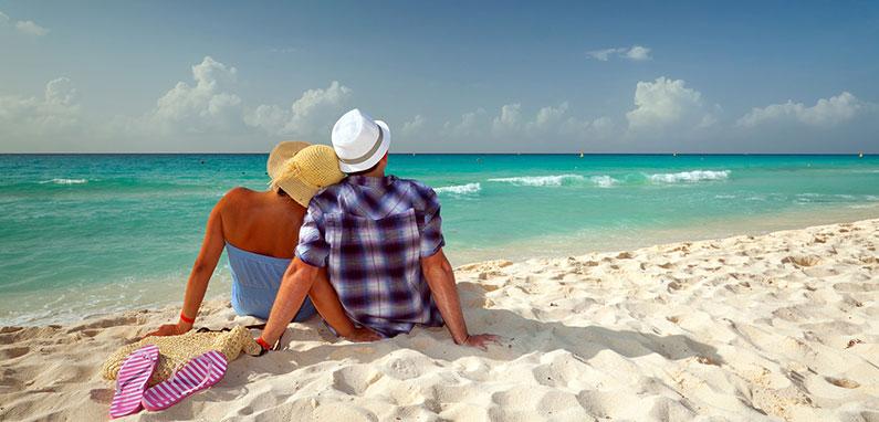 caribbean-honeymoon-couple-on-beach
