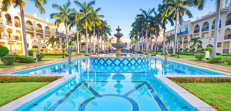 caribbean-resort-pool